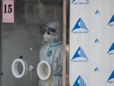 Le test Covid anal passe mal en Chine