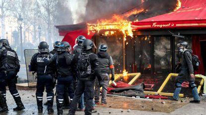 """Vrees voor nieuw geweld op betogingen van Franse gele hesjes: Champs-Elysées verboden terrein, Bordeaux """"dode stad"""""""