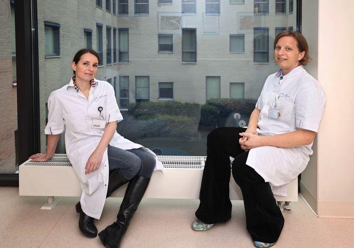 Neurologen Yvonne Raaijmakers en Lennie van den Berg.
