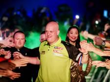 Kings of Darts keert zondag terug in Enschede: tweede editie nagenoeg uitverkocht