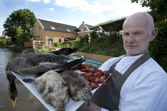 Chef-kok Arjan Smit serveerde al muskusratten en wilde gans.