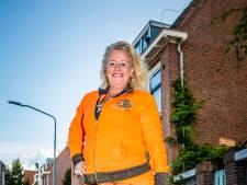 Wilma wil van haar buurtje dé oranjewijk van Dordt maken: 'Zelfs de huisdieren moeten eraan geloven'