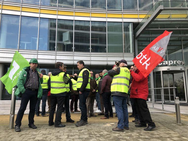 Voor de ingang van het moederbedrijf van Atos in Zaventem werd donderdagvoormiddag actie gevoerd.
