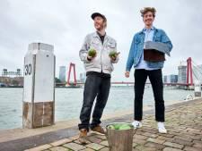 Hugo en Koen maken leer van afgedankt fruit: 'Wij willen afval waarde geven'
