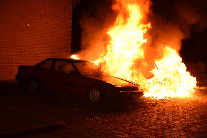 Auto's in brand in Lankforst