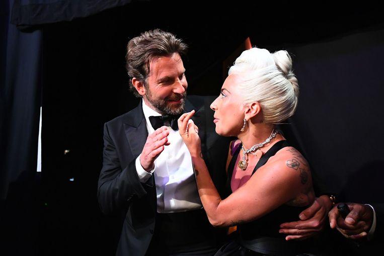 Bradley Cooper en Lady Gaga op de Oscars.