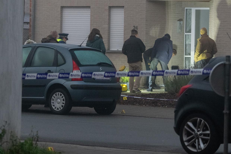 In de nacht van maandag op dinsdag werd in Wommelgem een appartementsgebouw beschadigd door een ontploffing die vermoedelijk veroorzaakt werd door een granaataanslag.