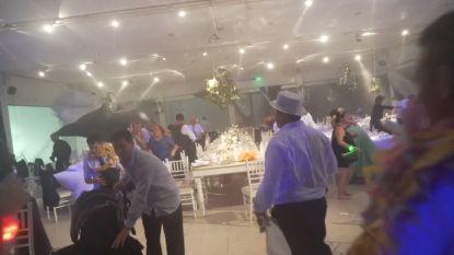 VIDEO. Huwelijksfeest valt in het water door hevige storm