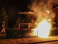 Dixi brandt uit in Emmeloord, politie vermoedt brandstichting