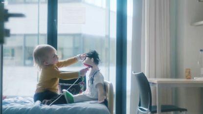VIDEO: eerste beelden 'Dokter Karel', één van de helden in 'Helden van de Kinderkliniek'