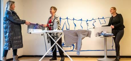 Niemand strijkt graag, maar vrijwilligers Geldrop-Mierlo helpen mantelzorgers graag een handje