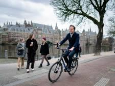 Alle ballen op premier Rutte in Toeslagendebat: 'De kleine goden moeten weg, de grote baas blijft'