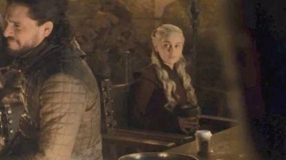 Na de koffiebeker: alweer een blunder in 'Game Of Thrones', deze keer met een flesje
