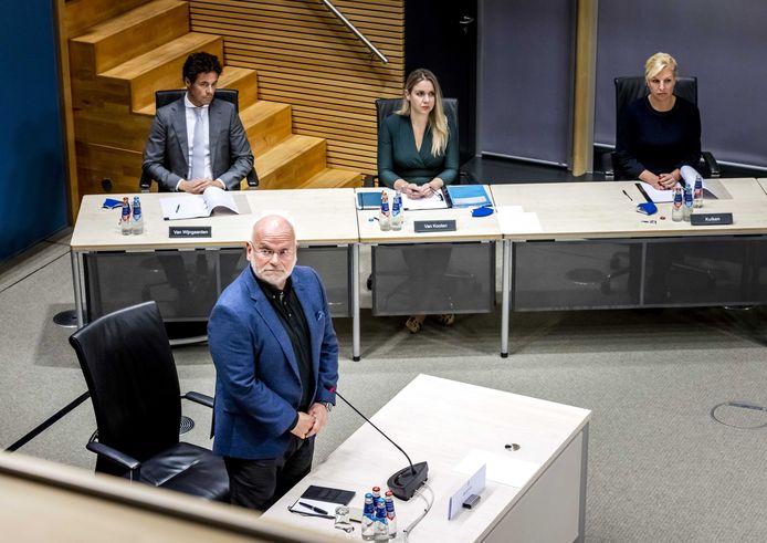 Hans Blokpoel, algemeen directeur Belastingen bij de Belastingdienst tussen 2010 en 2016, tijdens de hoorzitting van de tijdelijke commissie die onderzoek doet naar problemen rond de fraudeaanpak bij de kinderopvangtoeslag.