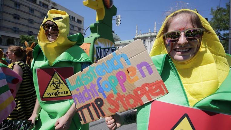 Een demonstratie tegen TTIP tijdens de G7-top van deze week in Duitsland. Beeld epa