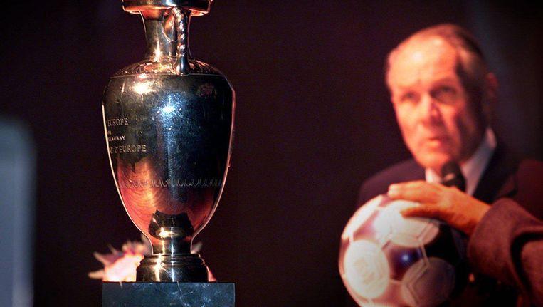 Rinus Michels in 2000, het jaar dat het Europees Kampioenschap in Nederland werd georganiseerd. Het Nederlands elftal won het toernooi onder zijn leiding in 1988. Beeld anp