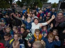 Hanneke uit Kampen leukste juf van Nederland: 'Je geeft gewoon liefde'