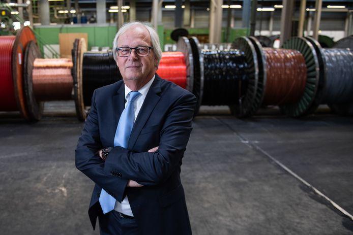 """TKH-topman Alexander van der Lof: ,,Overheveling van productie naar Haaksbergen zorgt voor een jaarlijkse kostenbesparing van vijf miljoen."""""""