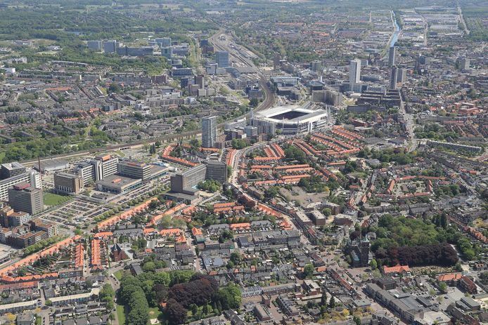 De aantrekkelijkheid van Eindhoven is het kleinschalige dorps-stedelijke netwerk. Die kwaliteit moet worden versterkt.