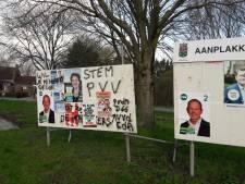 Rechts-extremistische groep beplakt verkiezingsborden in Halderberge, ook posters beklad