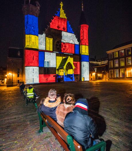 Lichtshow Binnenhof wellicht permanent