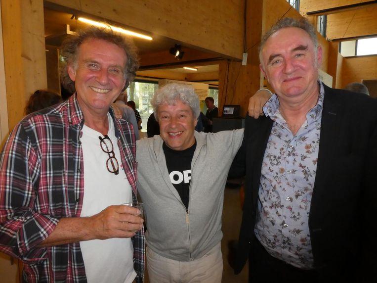 De Parool posse: recensent Patrick van den Hanenberg, columnist David Endt en chef Frenk der Nederlanden. Henk Spaan was al op weg naar een vrouweninterland. Beeld Hans van der Beek