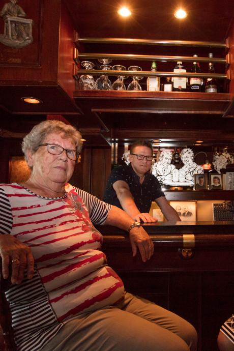 Café Someren-Eind bestaat 40 jaar: 'Mensen wilden nu eenmaal bij Jan van Tieskes zijn'