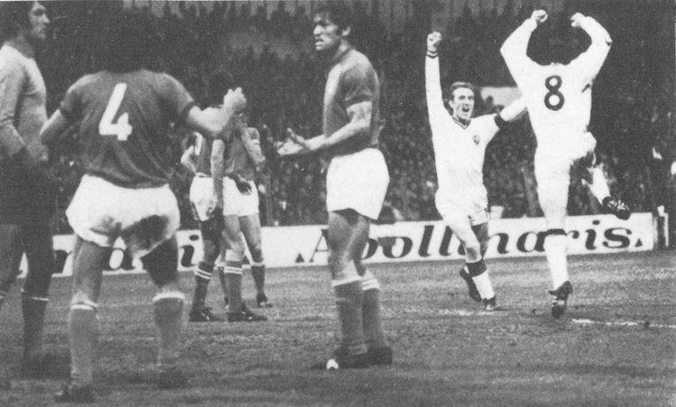 In de kwartfinales van het EK 1972 wint België van Italië met 2-1. Paul Van Himst en Wilfried Van Moer zorgen voor de doelpunten.