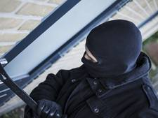 Inbrekers gaan er vandoor met geld en sieraden in Gorinchem