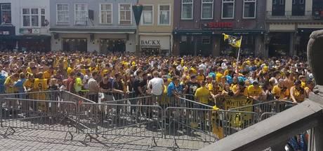 LIVE: Grote Markt in Breda stroomt vol voor huldiging NAC, spelers zijn gearriveerd