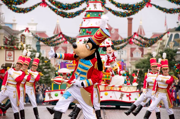 De gloednieuwe Disney Stars on Parade