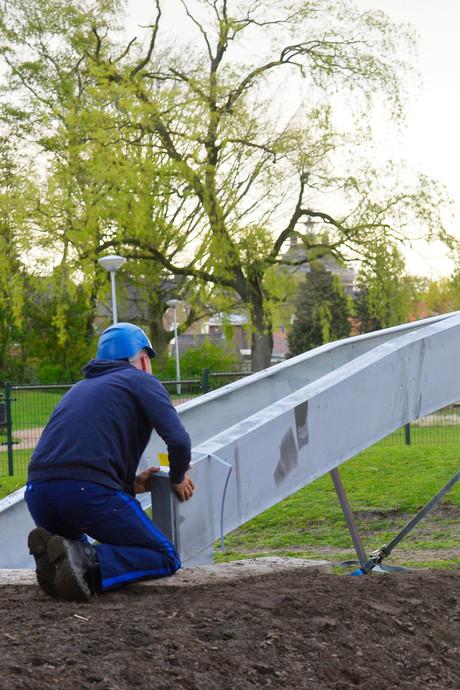VIDEO: Plaatsing eerste deel brug Molenpark Goirle is precisiewerk