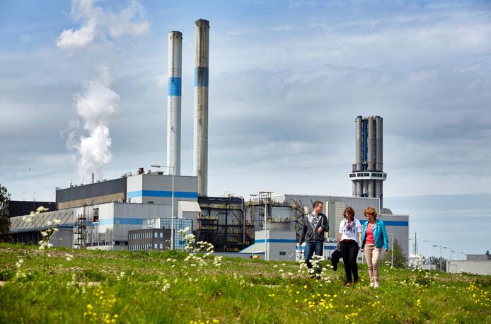 De gemeente Leiden geeft het Warmtebedrijf de schuld van de vertraging.