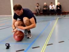 Leon Walraven uit Raalte verbetert eigen wereldrecord basketbal stuiteren
