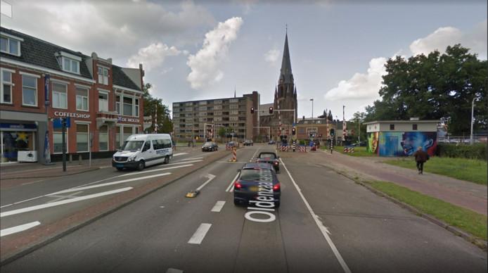 De Oldenzaalsestraat wordt tot aan de Boulevard 1945 in fasen afgesloten.