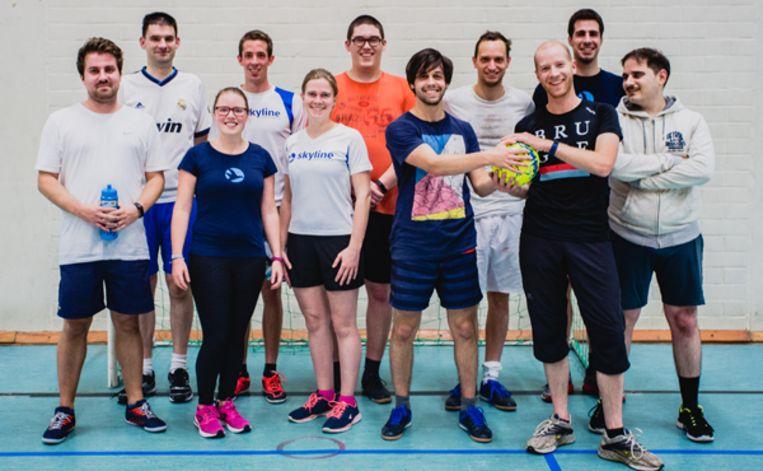 De werknemers van Skyline zijn klaar voor de sportieve uitdaging.