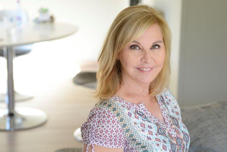 Eind 2013 moest journaliste Kathy Pauwels haar programma 'Royalty' opgeven door gezondheidsredenen.