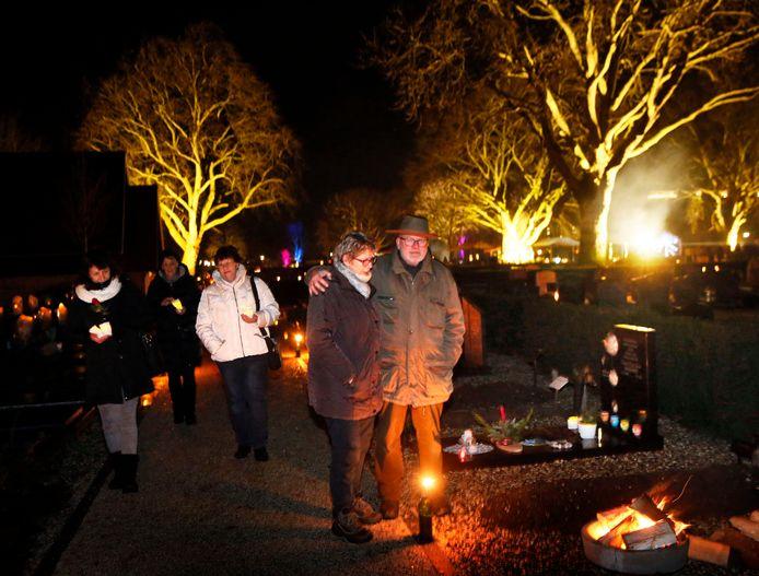 De Lichtjesavond in Leerdam was vorig jaar een groot succes met meer dan duizend bezoekers.