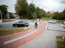 Nieuwe belijning maakt Utrechtse snelfietsroute veiliger