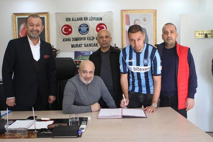 Ismaïl Aissati heeft een nieuwe club te pakken.