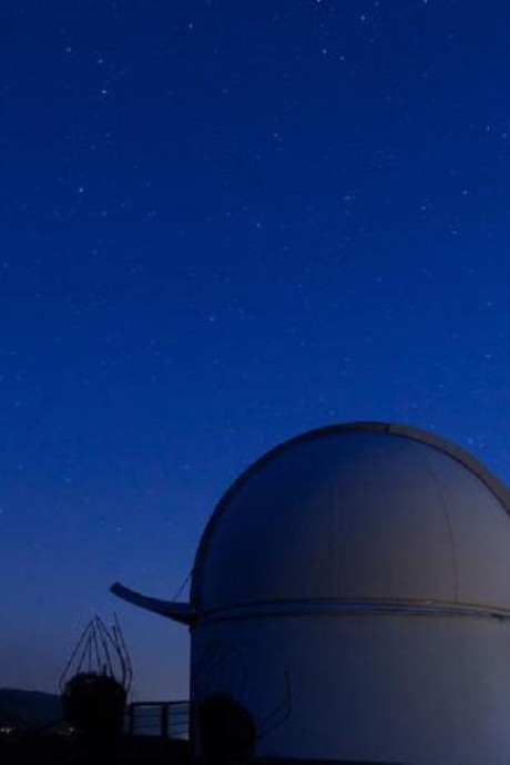 Les astronomes captent un mystérieux signal radio dans une galaxie voisine