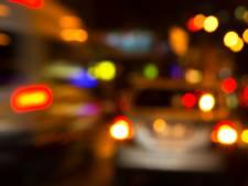 Dronken automobilist rijdt bijna politiewagen aan in Herpen, rijbewijs ingenomen