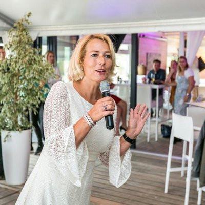 Esther Overweter, lid van de raad van bestuur van Juzt, neemt de taken van Jos van Nunen voorlopig over.