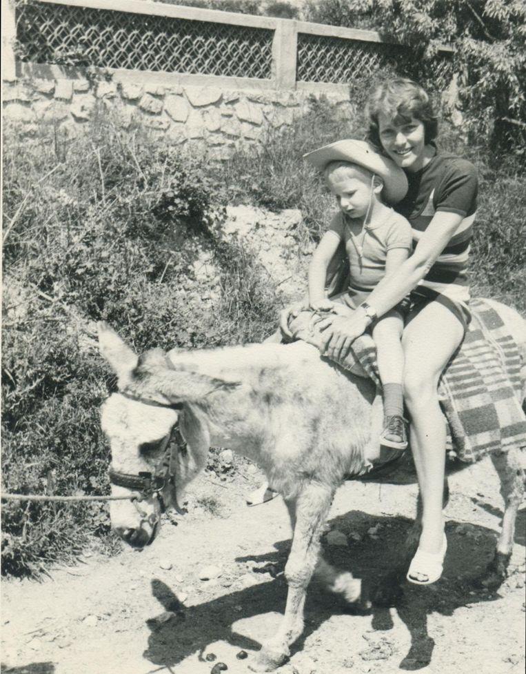 Kinderfoto van Walter van den Berg. Beeld