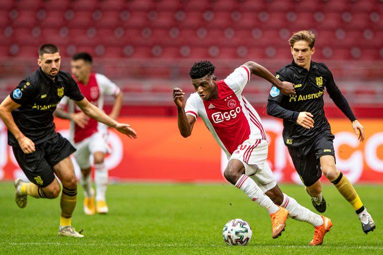 Mohammed Kudus (hier in actie tegen Heerenveen) is een van Ajax' nieuwe talenten met meerwaarde. Beeld  Guus Dubbelman / de Volkskrant