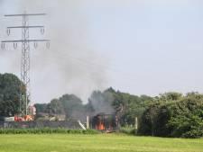 Oude veekar verwoest door brand in Barneveld