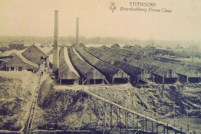 Een foto uit de oude doos van de steenbakkerij in Steendorp.
