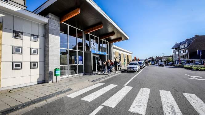 Dronkenman uit Tielt veroozaakt problemen in Torhouts station
