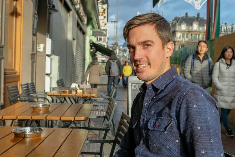 Vorderingen voetgangerszone: Amaury van café Les Brasseurs.
