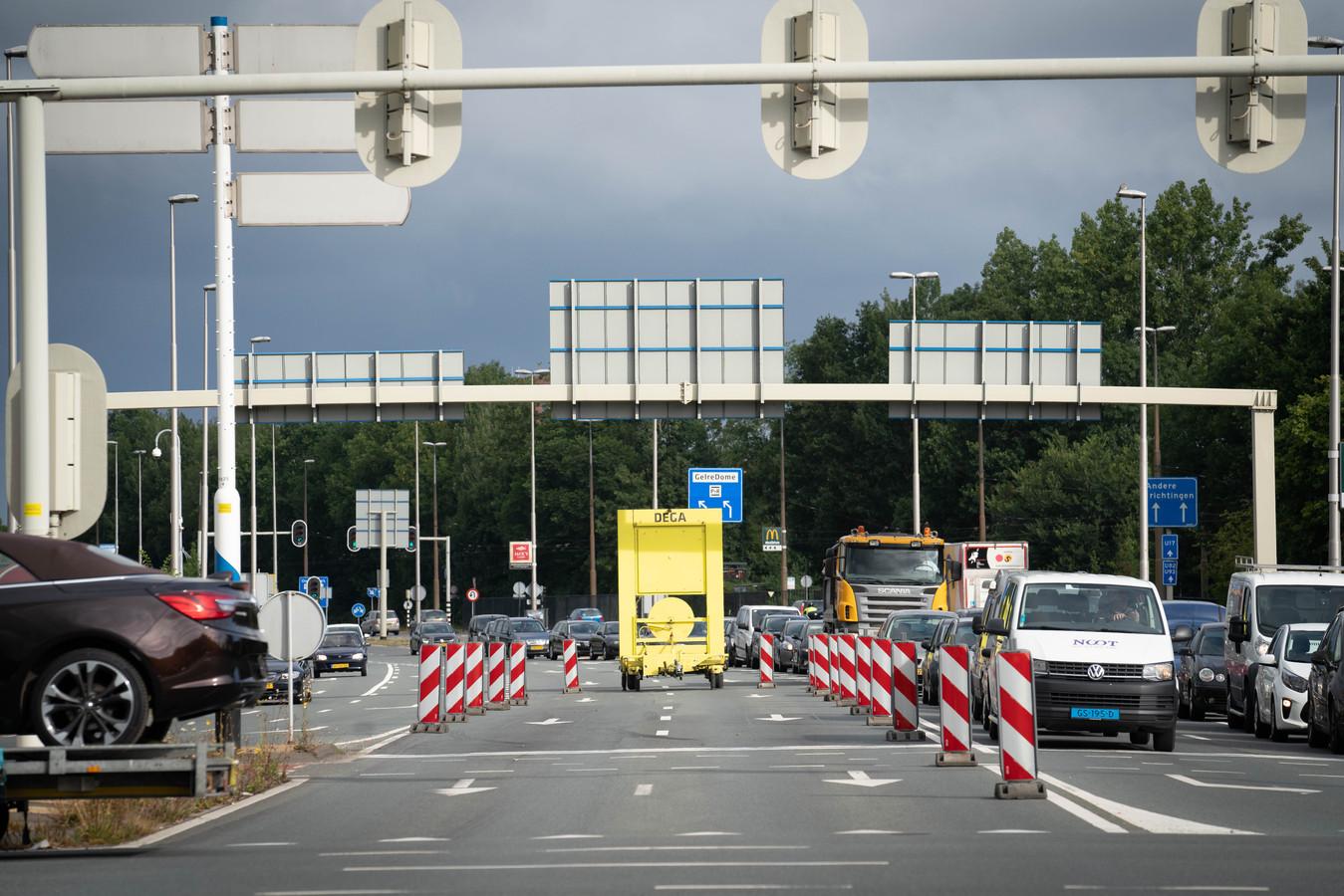 Files rondom Arnhem als gevolg van de eerste afsluiting, anderhalve maand geleden.